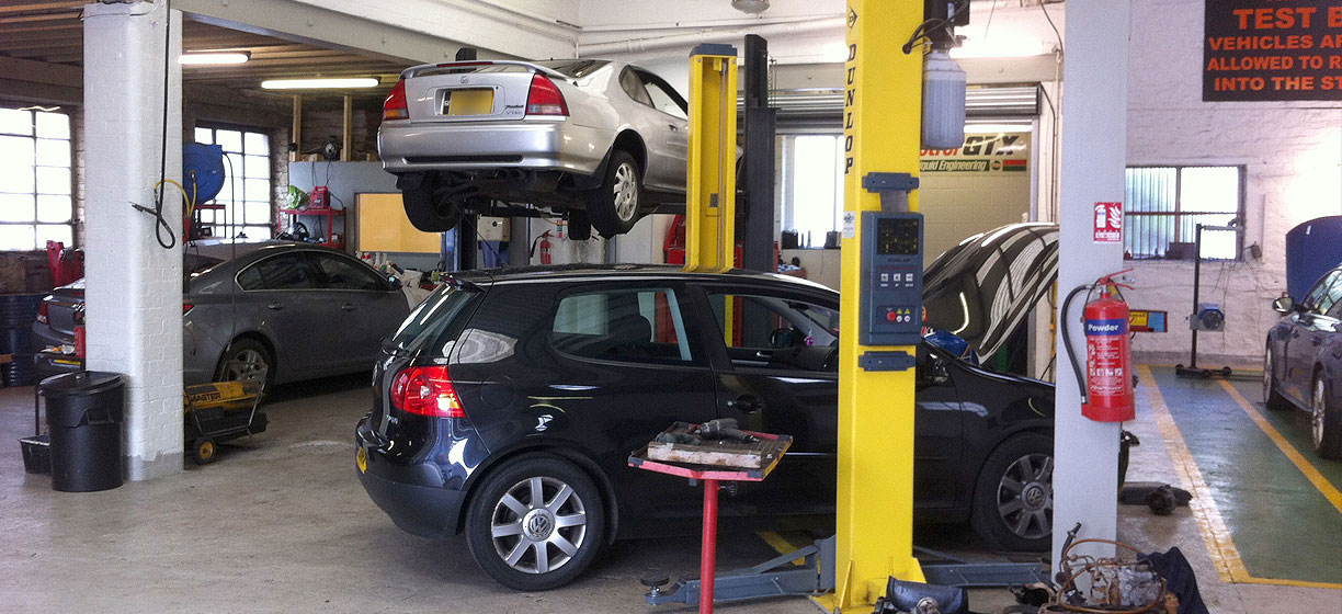 Holmes garage in Barry for MOT and car servicing